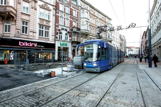 Tramwaje w Katowicach pojadą św. Jana po dwóch torach