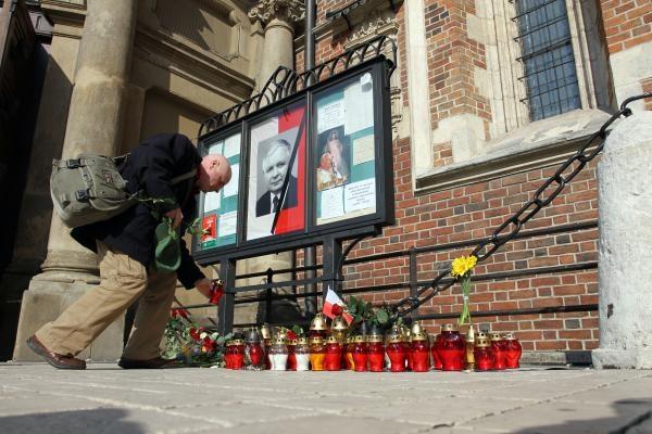 Kraków: msza święta za Kaczyńskich po łacinie
