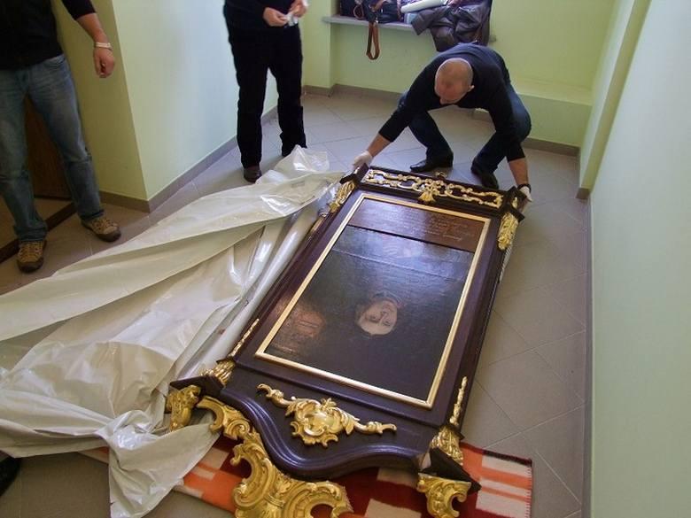 Odzyskany obraz skradziony z Fary.