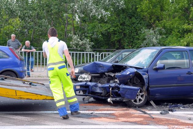 Ul. Poniatowskiego: Zderzenie dwóch aut (ZDJĘCIA, WIDEO)