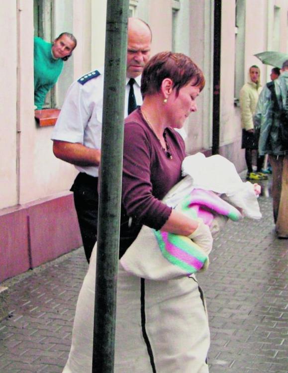 Kilka lat temu w Wągrowcu odebrano rodzicom  2-miesięczną Sylwię