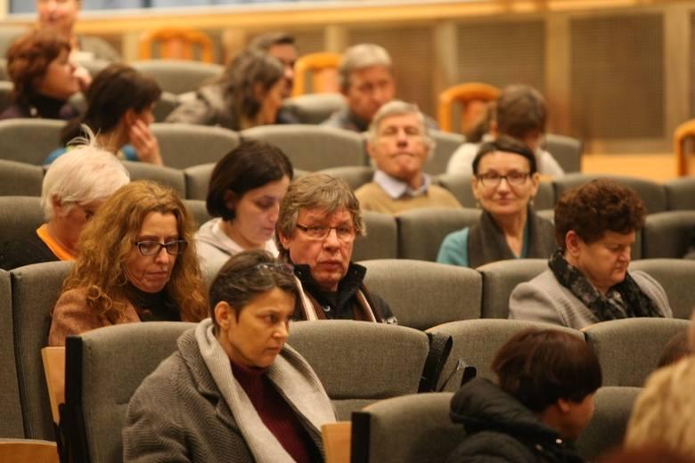 Akademia 30+ działa już szósty rok, na każdy wykład przychodzi średnio 150 osób