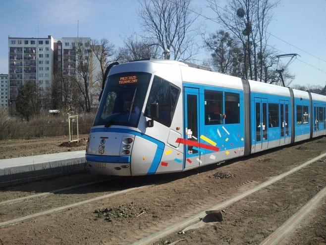 Wrocław: Tramwaj na Kozanów wystartuje w sobotę (TRASA)
