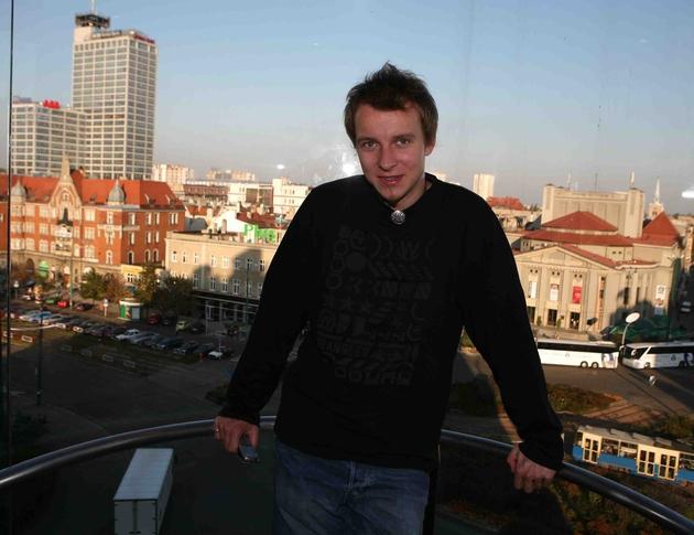 """Piotr Kupicha zaprasza w niedzielę, 24 maja, na katowickie lotnisko Muchowiec, gdzie odbędzie się """"Feel Festival"""" dla 150 tysięcy"""