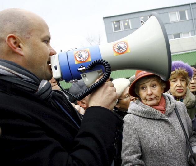 W listopadzie Więckowski spotkał się z mieszkańcami osiedla LSM sprzeciwiającymi się organizacji zawodów motocrossowych
