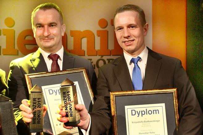 Piotr Tokarski, wiceprezes zarządu Ceramiki Paradyż (z lewej) i Krzysztof Białkowski, właściciel firmy BK Business z Łasku zostali menedżerami roku 2011