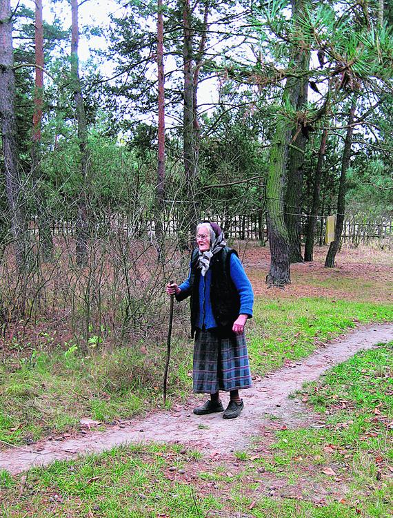 Dziewięćdziesięcioletnia babcia autorki -  pierwowzór babci Makryni