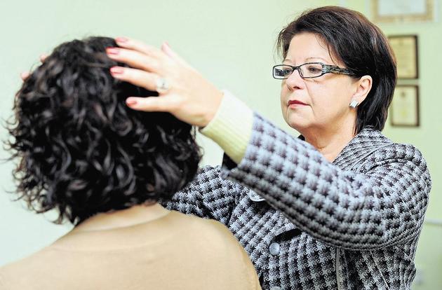 Grażyna Grabowska swoimi umiejętnościami pomaga Wielkopolanom  już od ponad 20 lat. Od pięciu lat zaś stoi na czele cechu bioenergoterapeutów