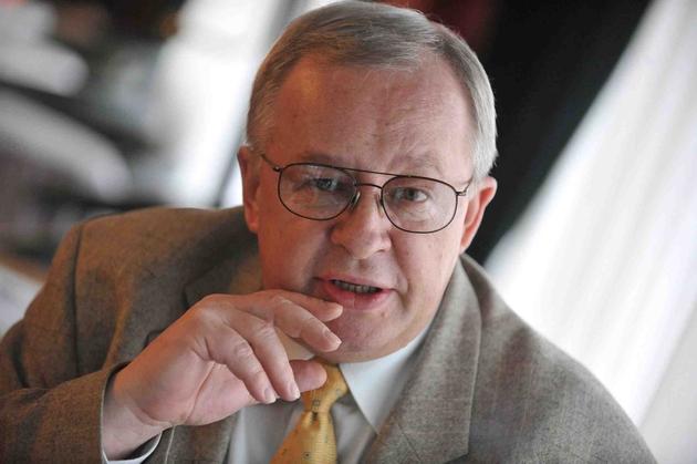 Roman Sklepowicz twierdzi, że występuje w interesie osób oszukanych