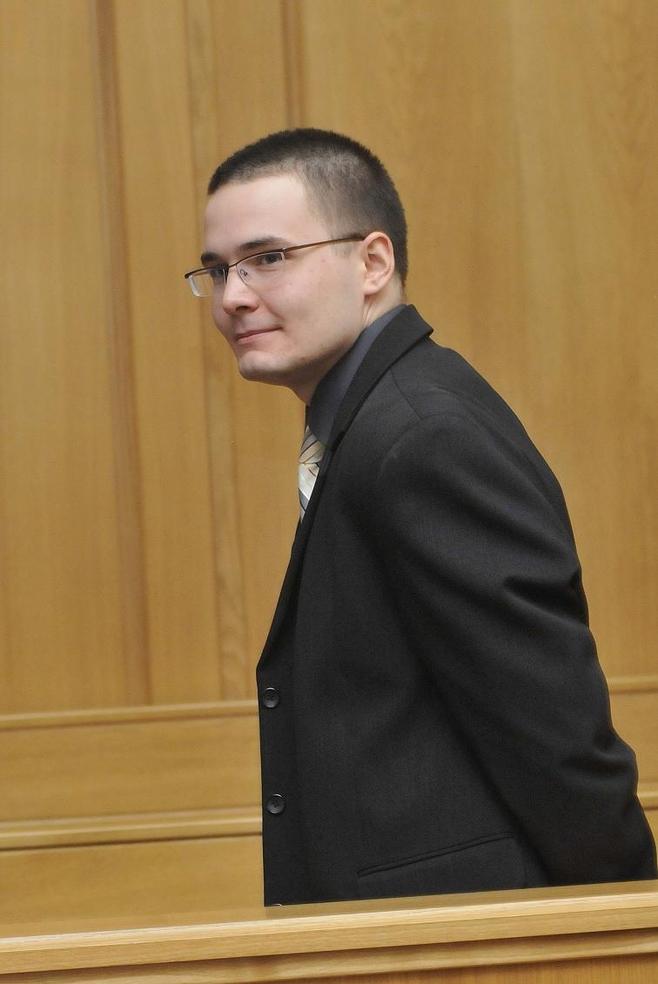 Jakub Tomczak w sądzie.
