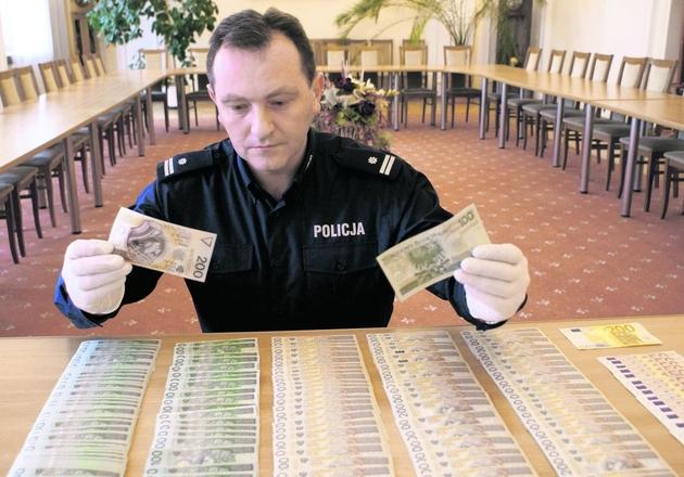 Na działalności fałszerzy skarb państwa stracił miliony