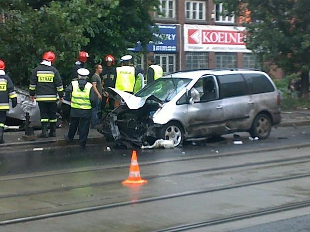 Wrocław: Jedna osoba ranna w wypadku na ul. Jedności Narodowej