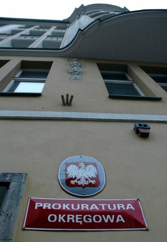 Umorzeniem sprawy porodu na plebanii zainteresowała się poznańska Prokuratura Okręgowa