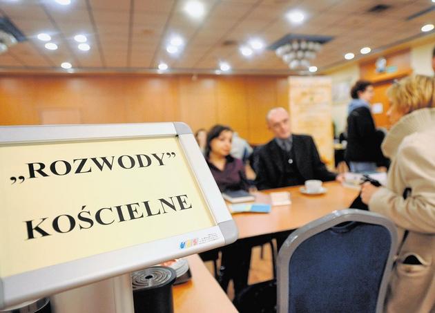 Pierwsze Targi Rozwodowe odbyły się we wrześniu  2008 r. we Wrocławiu . Od tej pory były już cztery edycje, także z udziałem specjalistów prawa kano