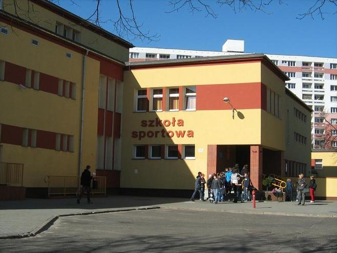 Os. Piastowskie - wygodny adres do mieszkania