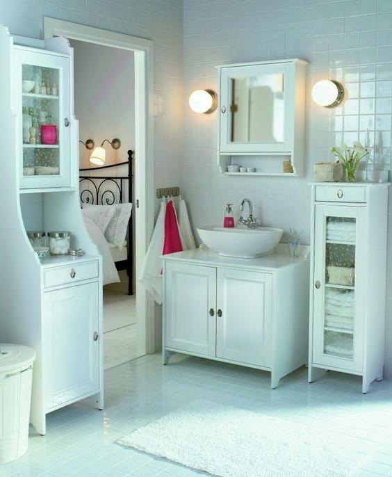 niezb dne wn trze. Black Bedroom Furniture Sets. Home Design Ideas