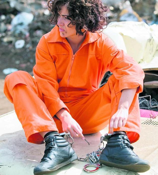 Marta Żmuda-Trzebiatowska czasem udaje Larę Croft, a czasem więźnia z Guantanamo
