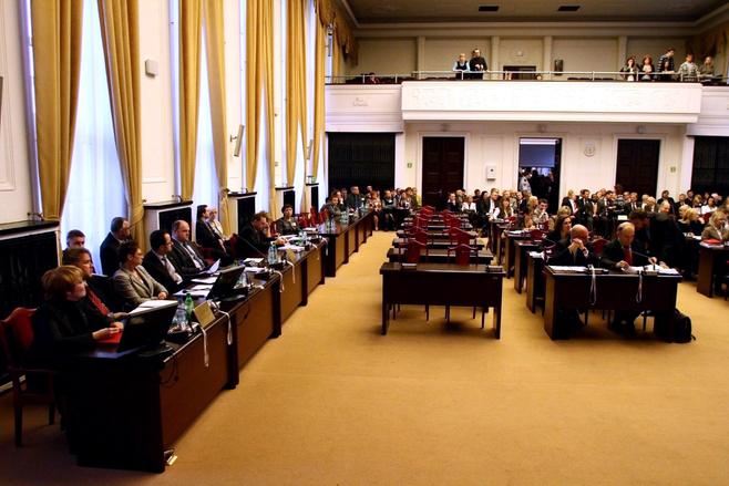 Nowe wybory samorządowe w Łodzi? To raczej political fiction