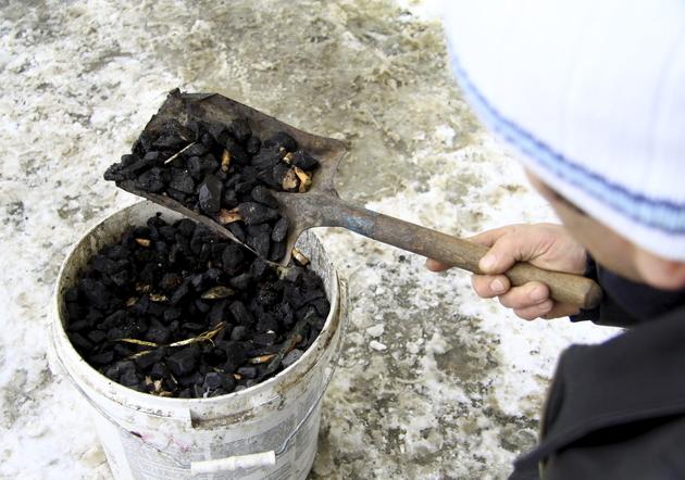 Lublin: zapłacił za węgiel, a dostał tonę kamieni
