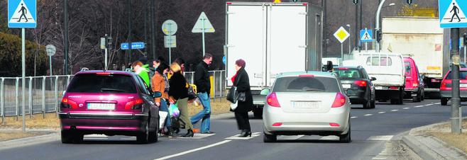 Ul. Krańcowa: Mieszkańcy chcą sygnalizacji na przejściu