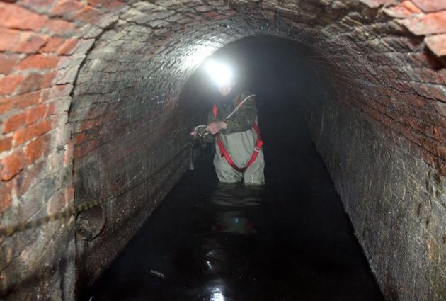 Wrocław: Odkryli tunel pod dworcem PKP (ZDJĘCIA)