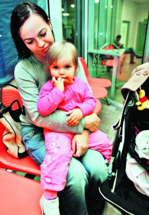 Mała Kinga była wczoraj z mamą u pediatry na szczepieniu