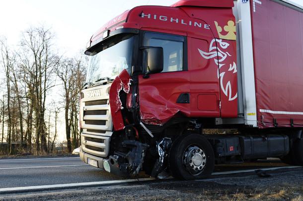 Śmiertelny wypadek pod Oleśnicą (ZDJĘCIA)