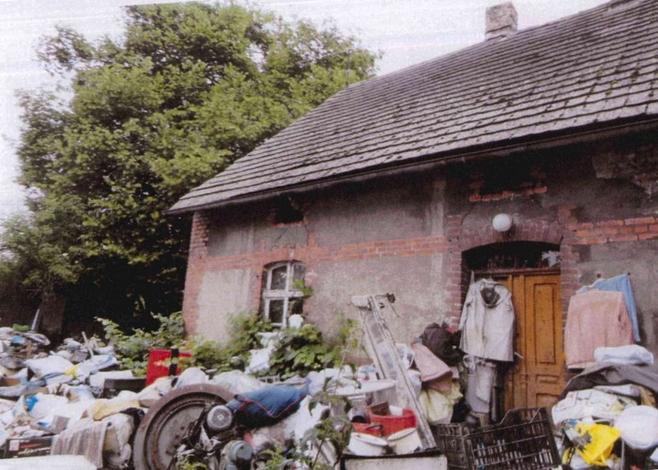 Tak wygląda gospodarstwo, które utrudnia życie mieszkańcom Kicina.