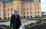 Tak wygląda Bursztynowy Pałac, czyli posiadłość Krzysztofa Grządziela - milionera z Włocławka