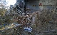 Tony śmieci, smród, rozwalające się budynki. Zachem wygląda jeszcze gorzej niż rok temu [zdjęcia]