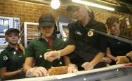 W restauracji Subway w Słupsku uczniowe poznają tajniki zawodu