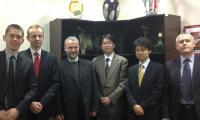 Od lewej: Arkadiusz Buroń (Hitachi), Mariusz Sudoł (UW), Wojciech Kujawa (PBSBank), Norihiko Sugihara (FISC), Tsuyoshi Hattori (FISC), Andrzej Dubis (PBSBank).