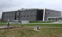 Obecnym zarządcą hali jest ZOS, który nadzorował obiekt w pierwszym roku jego funkcjonowania.
