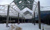 Zarys bryły przyszłej galerii w Starachowicach jest już gotowy. Otwarcie dla klientów – jesienią.