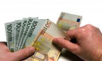 Zarabiający na emigracji odzyskują miliardy złotych podatku. Dzielą się nim z rodzinami w kraju