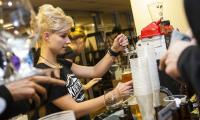 Statystyczny Kowalski pije średnio 98 litrów piwa rocznie