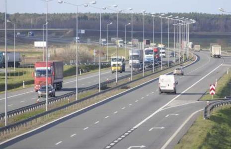 Opłaty na autostradzie pobierane będą na dwa sposoby. (fot. archiwum)
