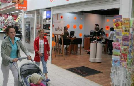 Salon Orange w słupskim markecie Kaufland