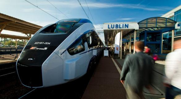 Pociąg Dart z Pesy dojechał do Lublina. Prezentacja dla pasażerów [zdjęcia]