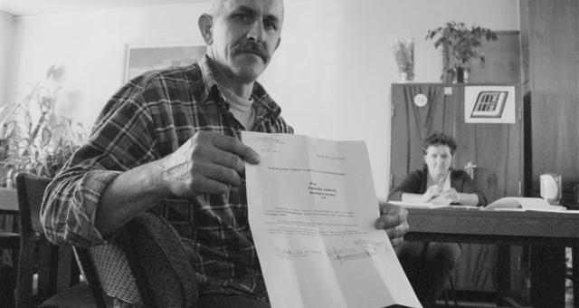 Andrzej Pielucha wczoraj dostał wypowiedzenie. - Oto podziękowanie za 25 lat pracy - mówi. (fot. Mariusz Jarzombek)