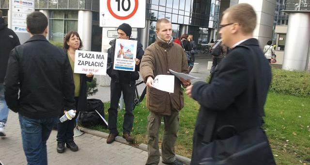 Związek Syndykalistów Polski znów prostestował pod siedzibą Plazy Centers w Warszawie