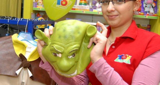 Między innymi przebranie za Shreka znajdziemy w nowej wypożyczalni strojów karnawałowych dla dzieci w Rzeszowie. Fot. Krystyna Baranowska