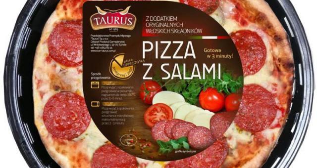 Pizza z salami i pizza z pieczarkami gotowe w ciągu 3 minut