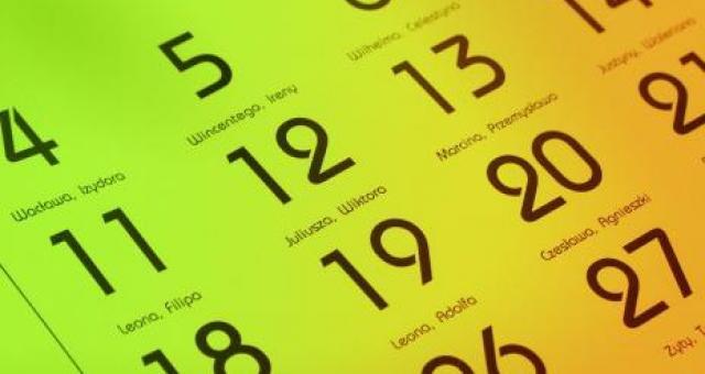 W 2014 roku wypada aż 115 dni wolnych od pracy.