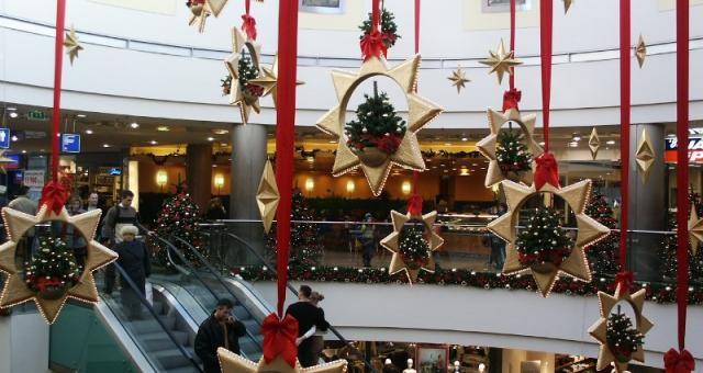 Prawie 3/4 z nas po prezenty wybierze się pomiędzy 1 a 24 grudnia.