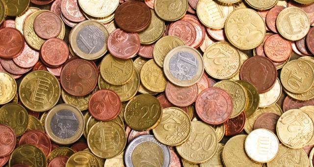 Wprowadzenie płacy minimalnej może jeszcze bardziej zmniejszyć odsetek osób pracujących legalnie. Dziś średnie zarobki w branży opieki nad starszymi wynoszą od 950 do 1050 euro