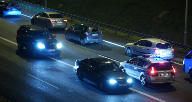 Polacy nadal importują ponad dwa razy więcej aut, niż kupują nowych