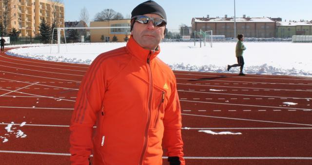 Piotr Kowalski jest biegaczem i szefem ŻTBS.