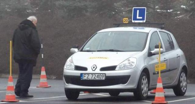 Dopiero od jesieni będą możliwe kursy na zawodowego kierowcę autobusu  (Fot. Marek Marcinkowski)