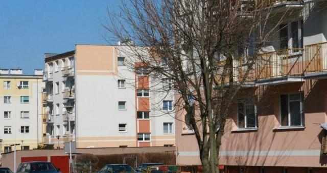 Największym zainteresowaniem cieszą się mieszkania w blokach w centrum miasta (fot. Dariusz Brożek)